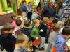 Dzieci z oddziału IV z wizytą w bibliotece