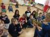 Piątka czyta dzieciom - oddział V